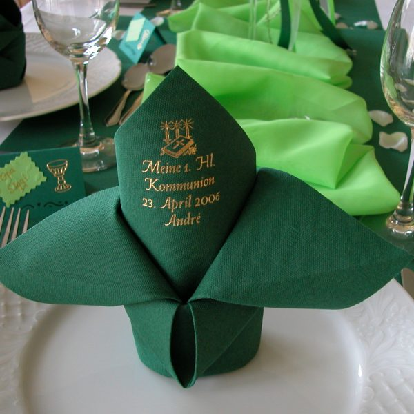 Dunilin Jägergrün bedruckt zur Kommunion